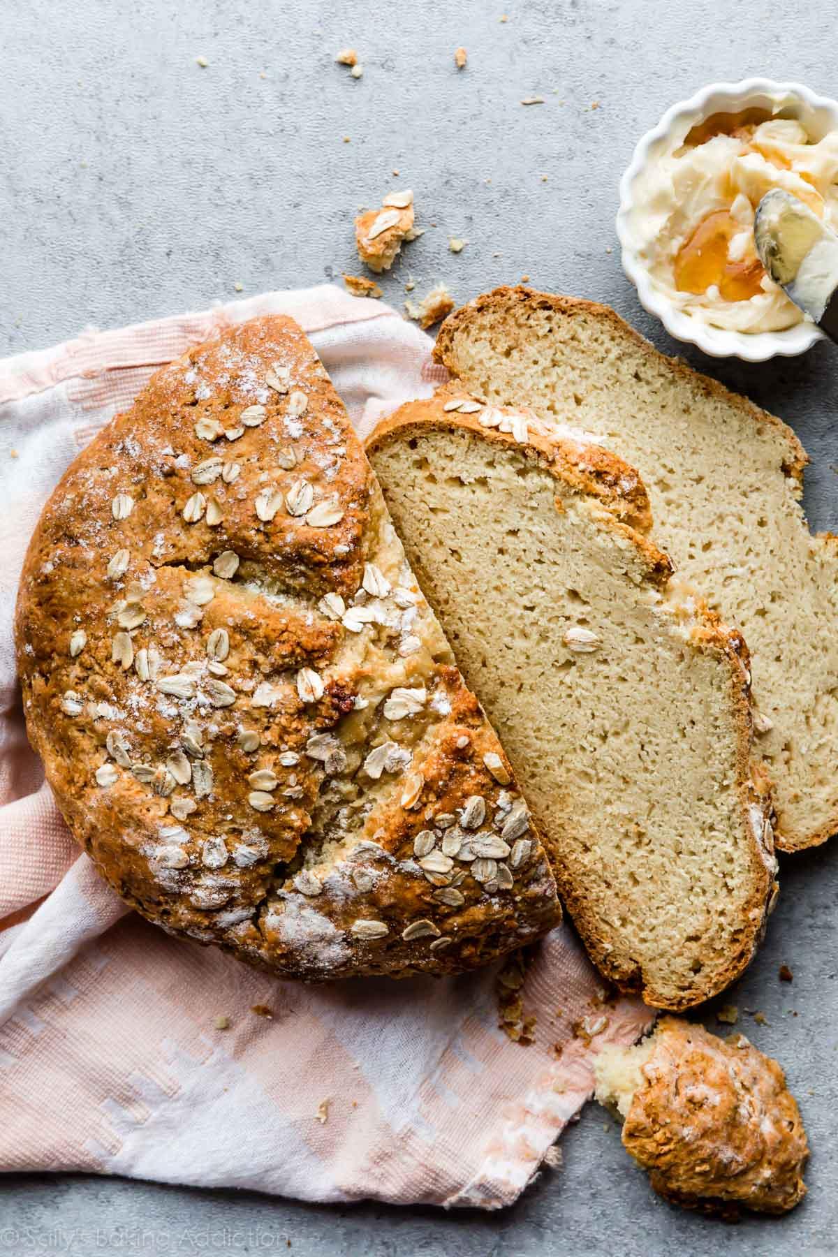 Homemade No Yeast Bread (Soda Bread)